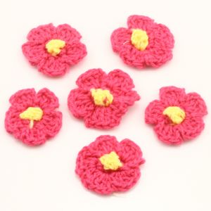 Crochet flowers, Wool, Magenta, Yellow, 2.5cm (approximate), 3  pieces, (GZH0013)